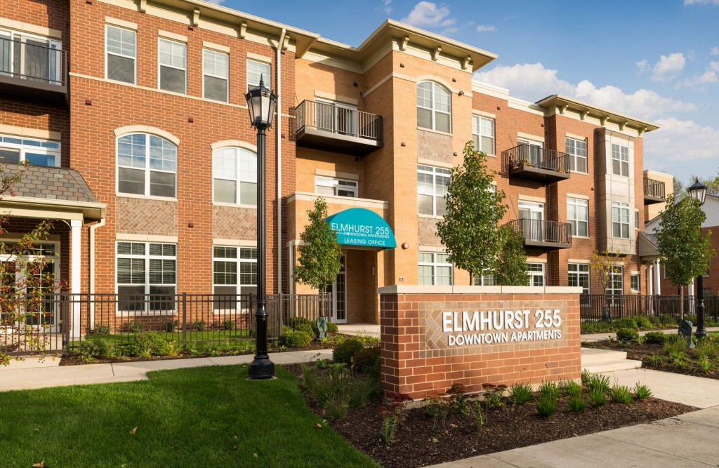 elmhurst255-exterior1
