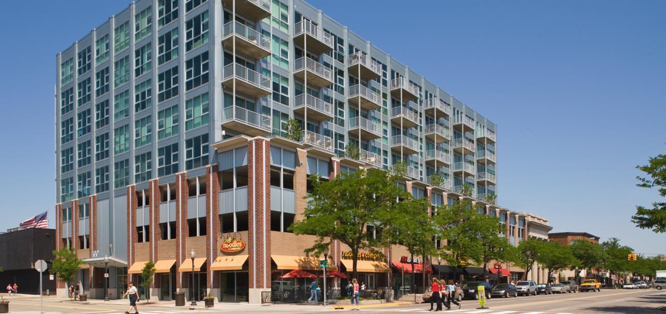 Royal Oak luxury condominiums